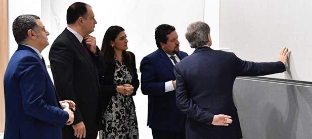 """Vicente Mateo (PP) considera injustificada la reacción del alcalde que achaca a la """"opacidad y falta de transparencia""""."""