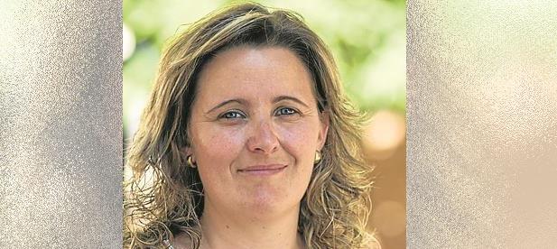 """La alcaldesa, Mª Luz Monterde ha señalado que """"la ampliación del servicio durante todo el año no se verá repercutido en el bolsillo de nuestros vecinos"""""""
