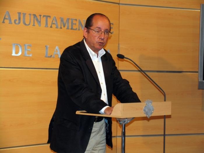"""Mulet: """"Los recortes del Ministerio de Fomento que dirige José Blanco han afectado a la línea del AVE Valencia-Castellón siendo nuestra provincia una de las pocas que no cuenta con esta importante infraestructura"""""""