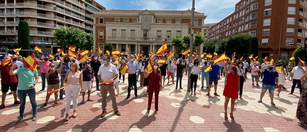 """Marta Barrachina: """"El Partido Popular defiende la importancia de seguir unidos, de formar parte de un mismo país y un mismo proyecto"""""""
