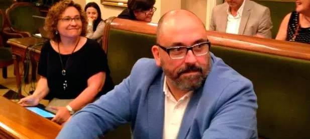 """El PP recuerda que """"ambos políticos están imputados, pero siguen ocupando sus cargos públicos. Por eso también pedimos responsabilidades a Ximo Puig y Amparo Marco, para que sean apartados de sus cargos, hasta que los presuntos ilícitos sean esclarecidos"""""""