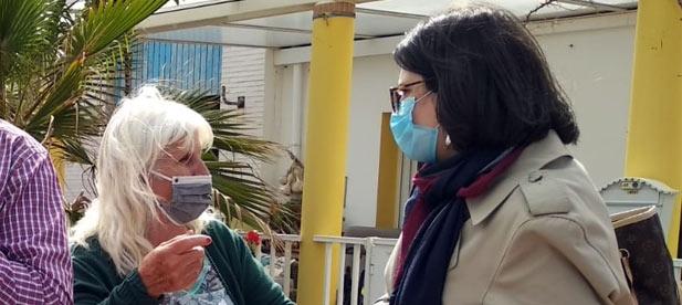 """La portavoz del PP en Cabanes, Ana Obiol, lamenta que la """"primera edil genere esperanzas a los afectados y luego su partido ratifique en Madrid los derribos"""""""