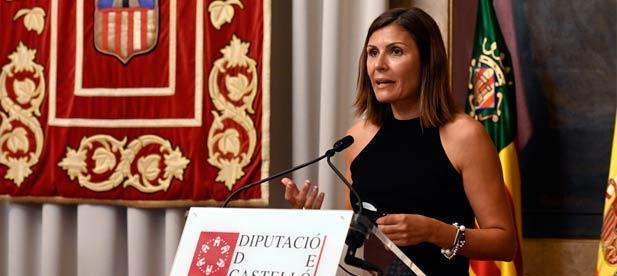"""Mª Ángeles Pallarés, portavoz adjunta del PP, reclama """"las políticas útiles que ayudan a nuestros vecinos frente a una izquierda cuyo único objetivo es ayudar a Puig"""""""