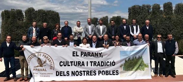 Mallol ha lamentado que el exalcalde y teniente de alcalde de Compromís, Victor García, volvió ayer a dejar solos a los vecinos de L' Alcora en la lucha para intentar legalizar el parany.