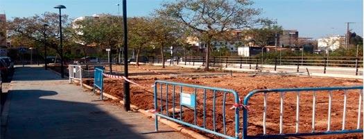 Los niños de Nules se quedan sin el parque infantil de la calle Tales porque el 'pacto del gasto' ha decidido, sin contar con nadie, desguazar el parque e instalar un pipican.