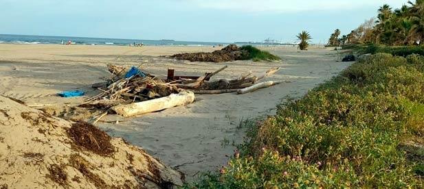 """Carrasco: """"Las playas ya llevan casi una semana abiertas a la ciudadanía y, además de estar todavía con restos de suciedad, seguimos sin conocer qué medidas de seguridad se van a adoptar"""""""