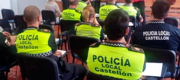 """Carrasco: """"Hay un estudio que eleva hasta 270.000 euros sólo el cambio de los uniformes oficiales de la Policía Local"""""""