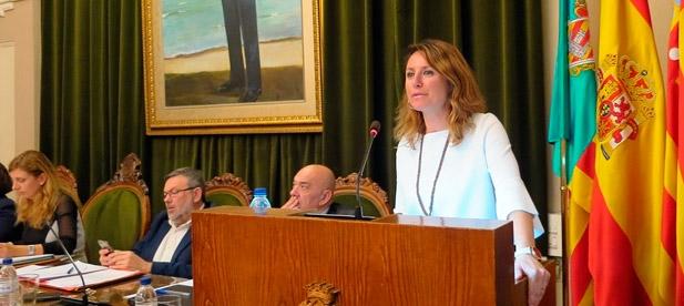 """Carrasco: """"Con una alcaldesa ausente, la ciudad está en manos de radicales que hacen y deshacen a su antojo. La Cruz en el año 1979 pasó a rendir homenaje a todas víctimas de la violencia, sin distinciones"""""""