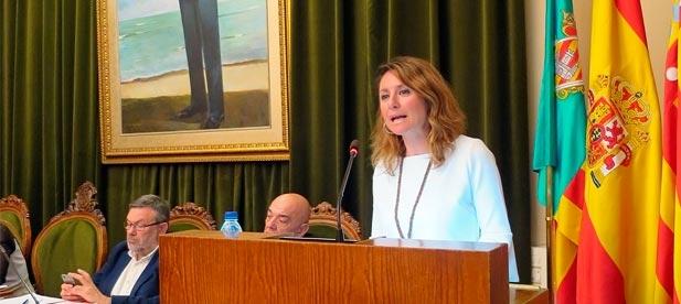 """Carrasco: """"Si la alcaldesa hubiera escuchado y atendido las quejas de los vecinos, no hubiera hecho falta que toda la oposición  obligara a la alcaldesa a rectificar las deficiencias"""""""