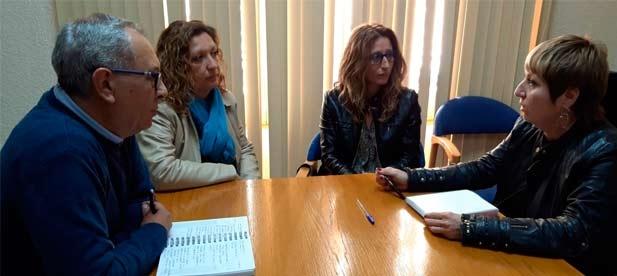"""Cristina Villalba, portavoz del PP en Navajas, lamenta que la alcaldesa gestione el ayuntamiento """"a su antojo. Quien niega información es que algo oculta"""""""