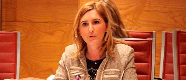 La senadora del PPCS asegura que la herencia socialista solo deja corrupción en la provincia de Castellón,  frente a las infraestructuras útiles que tienen el sello del PP.