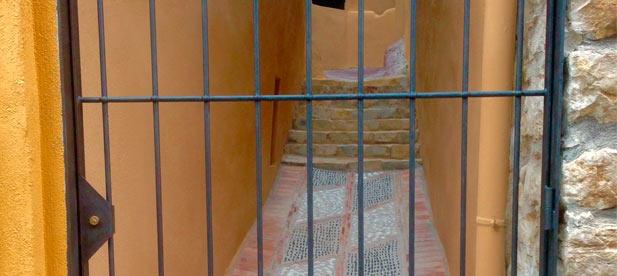 Entrada del Mur de la Vila reformada