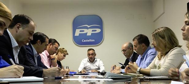 El presidente del PP de Castellón, Miguel Barrachina, ha puesto ya en marcha su nuevo proyecto y celebra el primer comité de dirección del PPCS.