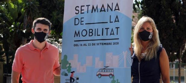 Jorge Ribes, su novia y miembros de Juventudes socialistas consiguen bonos gratuitos de transporte público con apenas un minuto de diferencia.
