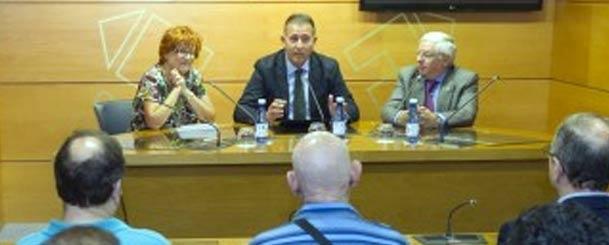 El diputado de Promoción Económica, Vicent Sales, ha participado en la presentación de la nueva propuesta para defender los intereses de los comerciantes en la provincia de Castellón