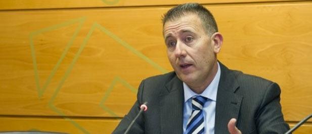 """Vicent Sales, portavoz del PP en Diputación, lamenta """"que el PSPV utilice la institución como un cortijo"""" y le ruega que no confunda recursos públicos con las cuotas del PSPV"""