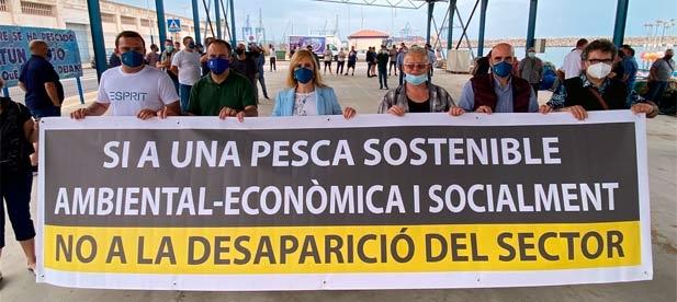 """Guillamón: """"El PSOE, en lugar de coger hoy la pancarta lo que tiene que hacer es decirle a sus socios de partido en el Gobierno que defienda los intereses del sector pesquero de Castellón en Bruselas"""""""