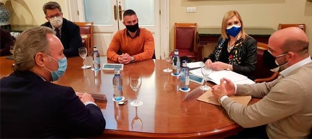Los senadores del PP por Castellón reciben a Ashocas en la Cámara Alta para mostrar su apoyo al sector y proponen impuestos cero ante ingresos cero