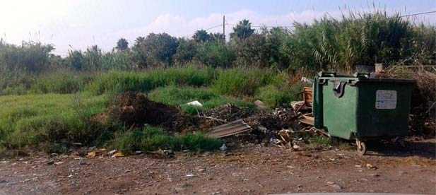 """Guillamón: """"En el Grao hay múltiples quejas vecinales por la falta de limpieza de solares y parcelas abandonadas, algunas de propiedad municipal, plagadas de mosquitos y ratas ante las cuales el gobierno de PSOE y Compromís no reacciona"""""""