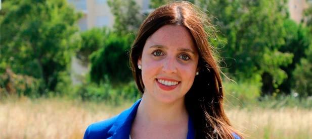 """Tania Agut, portavoz del PP en Torreblanca, celebra """"la suma de todos en favor de nuestro pueblo. Los vecinos esperan que sigamos así para promover acuerdos que les beneficien"""""""