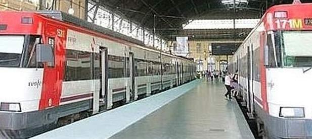"""Carrasco ha pedido a la alcaldesa de la ciudad, Amparo Marco, que """"reivindique"""" un transporte ferroviario de Cercanías """"digno"""" para Castellón"""