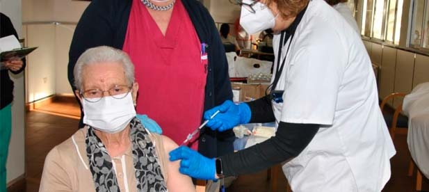 Los populares en la Diputación le plantean a Ximo Puig la necesidad de que no vuelvan a desviarse vacunas del COVID-19 a otras provincias