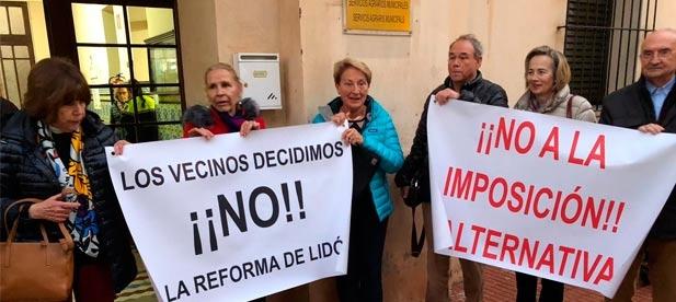 """El PP lamenta que """"ni las quejas de estos vecinos, ni el final del confinamiento han servido para que Amparo Marco reflexione sobre la puesta en marcha de este proyecto."""